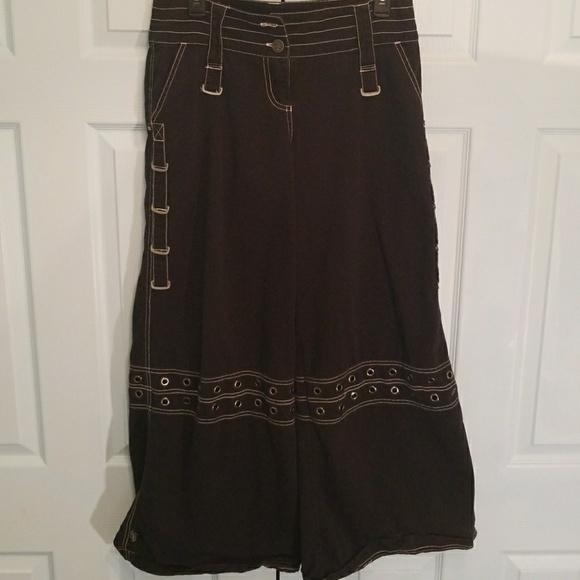 Wde leg bondage pants